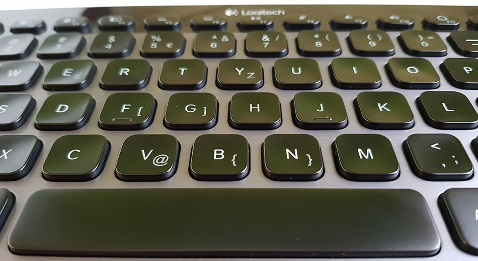 Logitech K810 - center keys