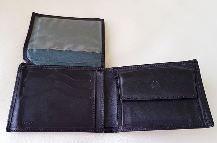 Mens Valentini Leather Wallet - Open 3