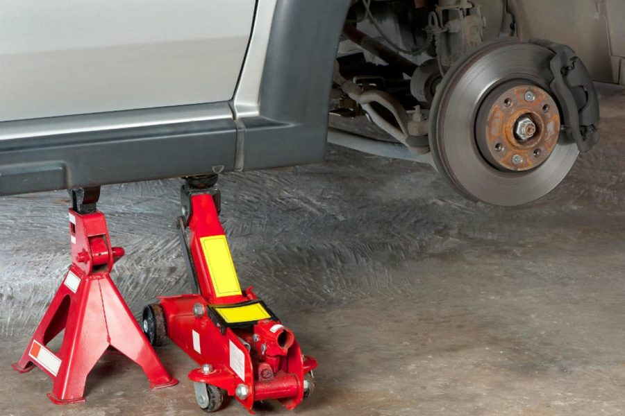 heavy duty jack stand under a car