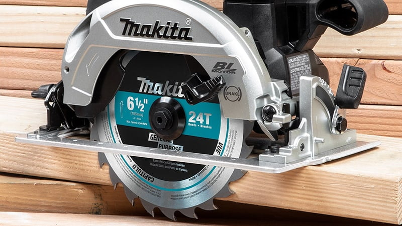 makita saw product photo