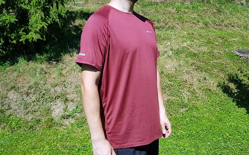 baleaf raglan running and workout t-shirt