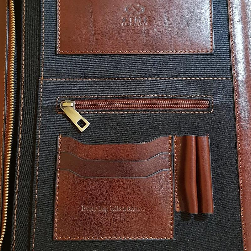 Time Resistance Leather Portfolio Candide - left side