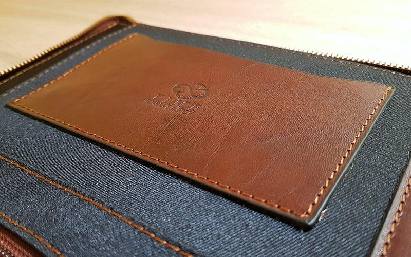 Time Resistance Leather Portfolio Candide - phone pocket