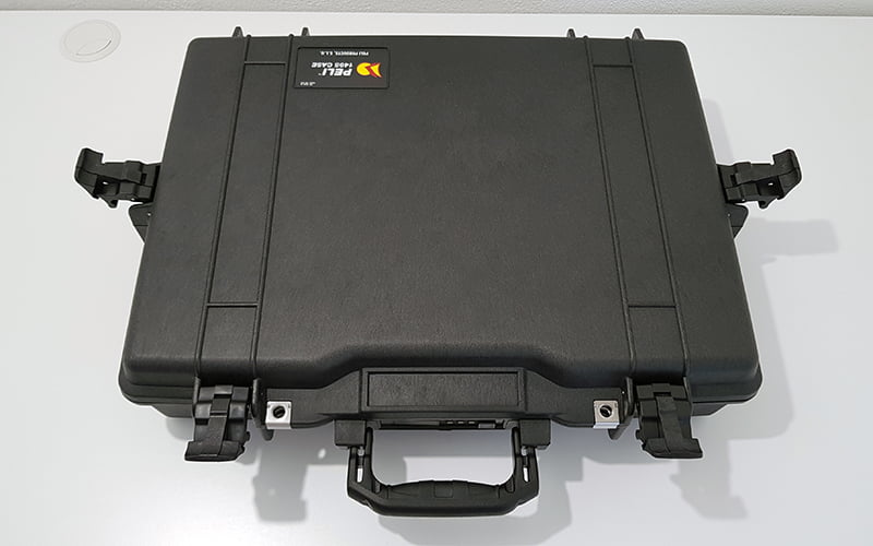 Pelican 1495 Laptop Case - open hinges