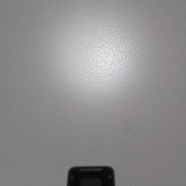 Nitecore T4K - Ultralow 1 lumen - 1