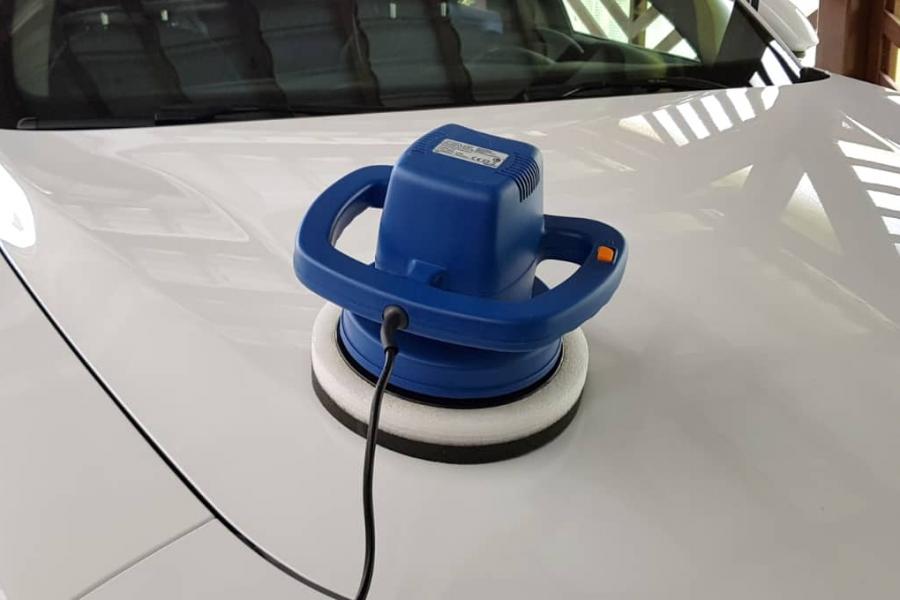 rotary buffer on car hood